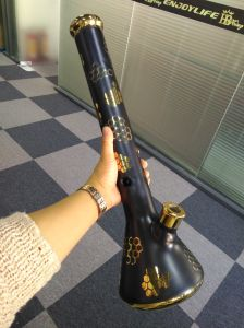 9mm Painting Design Thick and Big Glass Water Pipe pictures & photos