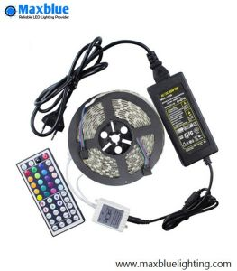 Waterproof IP65 60LEDs/Meter SMD5050 RGB LED Strip pictures & photos