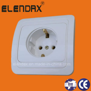European Style Flush Mounting 2 Pin Wall Power Socket (F2010) pictures & photos