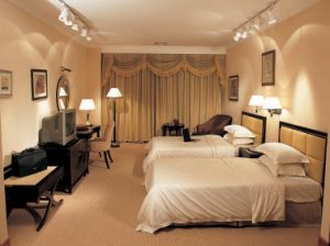 Hotel Furniture/Standard Hotel Bedroom Furniture/Luxury Hotel Bedroom Furniture Sets (GLB-999) pictures & photos