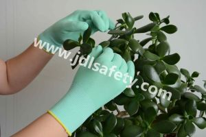 Foam Latex Coated Work Glove (LR3018F) pictures & photos
