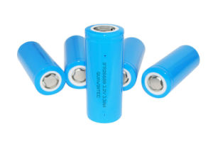 3.2V 3.3ah LiFePO4 26650 Rechargeable Battery pictures & photos