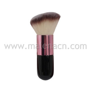 Angled Cosmetic Kabuki Brush with Synthetic Hair pictures & photos
