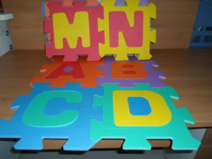 EVA Puzzle Mat with Letters for Kids Playing Customized Pictures pictures & photos