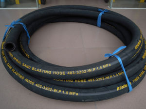 High Abrasion Resistant Rubber Cloth Surface Sand Blast Hose pictures & photos