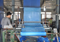 160g 4X4mm High Quality Alkali-Resistant Fiberglass Mesh pictures & photos
