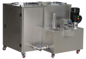 Spray Cleaning Machine with Ultrasonic Tanks pictures & photos
