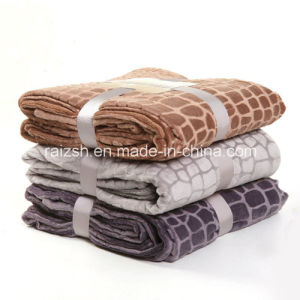 Thickened Polyester Fiber Blankets From China Supplier pictures & photos