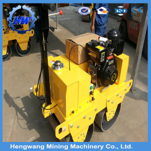 Diesel Engine Small Walk Behind Road Roller Vibrator Machine pictures & photos