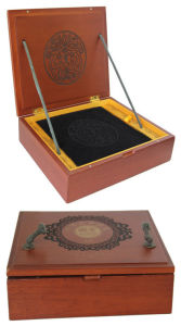 High-End Wooden Army Medallion Display Box pictures & photos