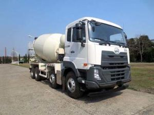 Ud 7400L 8X4 390HP Euro IV Cement Mixer Truck pictures & photos