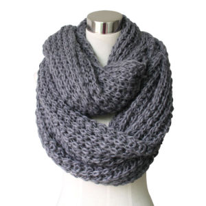 Lady Fashion Acrylic Knitted Chunky Infinity Scarf (YKY4376-3) pictures & photos