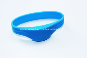 Waterfroof RFID Wristband for Outdoor Use