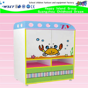 Kindergarten Wooden Kids Role Play Shelf Cartoon TV Table Functional TV Cabinet (HB-04104) pictures & photos