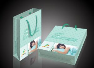 High Quality Art Paper Gift Bags for Garments (FLP-8910) pictures & photos