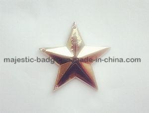 Five-Stars & Zinc Die Cast & Plating Gold 3D Lapel Pin pictures & photos