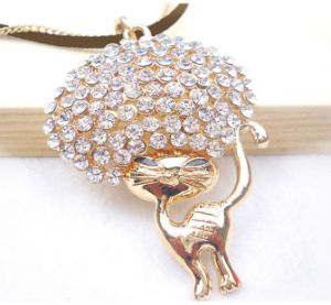 2013 Crystal Rhinestone Cat Necklace Fashion Jewelry (MOS-NA01121)