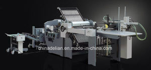 Automatic Paper Folder Machine with Electric Knife (ZYHD720E) pictures & photos