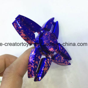 Fashionable Aluminium Alloy Hand Spinner Triangle Crab Shape in Hot Selling pictures & photos