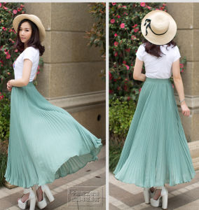 Popular High Quality Ladies Fashion Pleated Skirt Wholesale pictures & photos