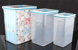3PCS Set Plastic Food Storage Container (LFR3519) pictures & photos