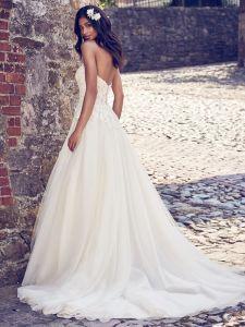A-Line Bridal Gowns Lace Appliqued Bodice Wedding Dresses Z2005 pictures & photos