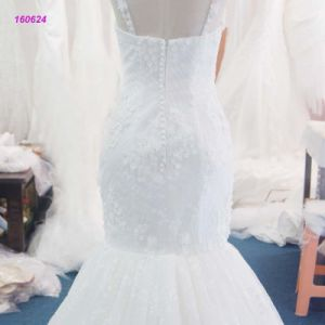 Factory Wholesale Spaghetti Strap Trumpetand Wedding Dress with Lace Thoughtout The Dress pictures & photos