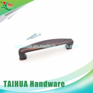 Red Bronze Zinc Alloy Handle with 81092-96 pictures & photos