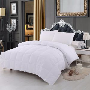 Custom Polyester Hotel Goose Down Alternative Comforter pictures & photos