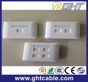 Four Aperture Panel Wall Socket pictures & photos
