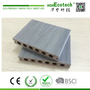 Mix Color Capped Wood Plastic Composite Decking pictures & photos