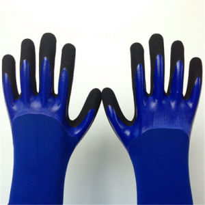 Nylon Gloves with Sandy Nitrile Coated, 3/4 Dipped pictures & photos