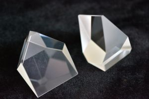 Roof Prisms pictures & photos