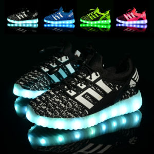 Kids Shoes Manufacturers China LED Light up Kids Shoes LED Shoes Kids pictures & photos