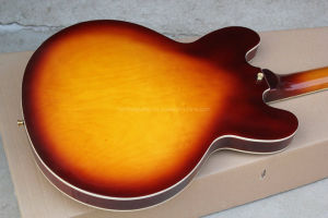 Hanhai Music / Es-335 Semi-Hollow Electric Guitar with Red Brown Body pictures & photos