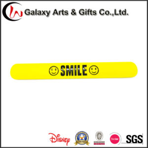 Customized Logo Popular Silicone Promotion Souvenir Silicone Slap Bracelets as Advertising Gifts pictures & photos