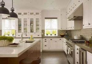 Modern White Industrial High Glossy Lacquer Wood Kitchen Cbinet pictures & photos