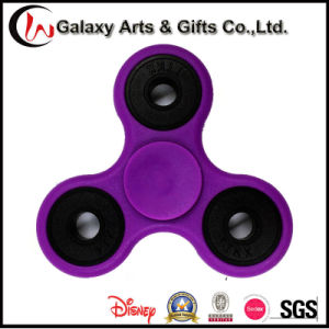 Top Selling 2017 Stress Filp Tri-Spinner Gyroscope Hand Fidget Spinner for Children pictures & photos
