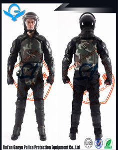 Camouflage Military Uniform/Police Protective Equipment pictures & photos