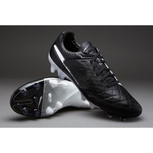 Wholesale Football Shoe in Black with White Sport Shoe for Men pictures & photos