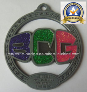 Glitter Cut out Badge & Three Soft Enamels (MJ-Badge-011) pictures & photos