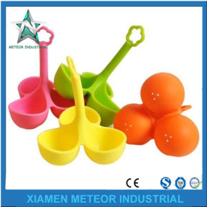 Customized Promotion Gift Silicone Bracelet Injection Moulding Silicone Products pictures & photos