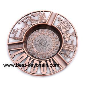 Zinc Alloy Brass Custom Souvenir Gift Metal Ashtray (BK13114) pictures & photos