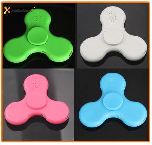 Hand LED Light Wireless Bluetooth Speaker Fridget Spinner pictures & photos