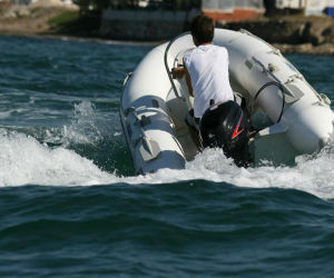 Marine Engine 4 Stroke 5HP for Yacht pictures & photos