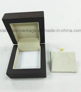 Small Hardwood Jewelry Ring Gift Box with Multi Insert Design pictures & photos