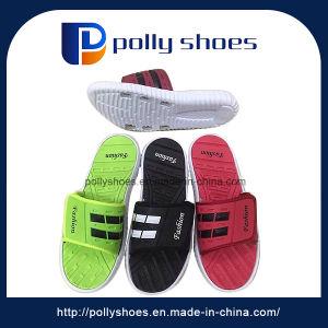 Popular Indoor Man Beach EVA Sandals Slippers pictures & photos