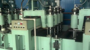 No.8 Polishing/Grinding Machine for Stainless Steel Sheets pictures & photos