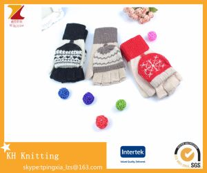 Winter Knitted Wool Jacquard Clamshell Fingerless Gloves pictures & photos