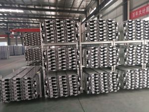 Galvanized Scaffolding Steel Plank with Hook pictures & photos